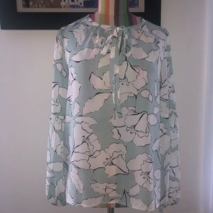 Karl Lagerfeld xs blouse in good condition